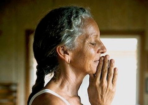 Myra Lewin – The Union of Ayurveda and Yoga: A Path to Vitality and Grace